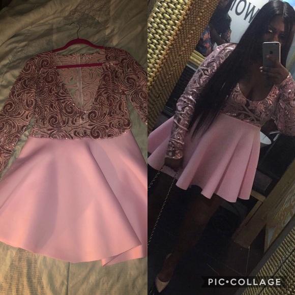 Dresses & Skirts - Pink half sequins material dress